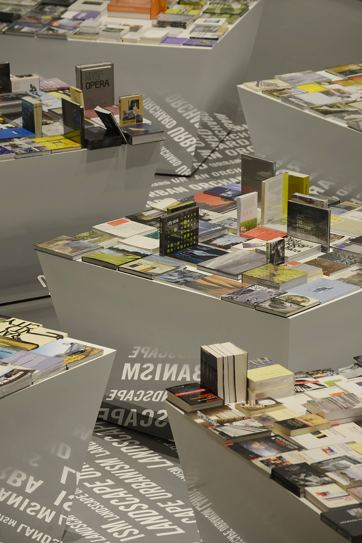 2016_City-after-city_Exhibition_05